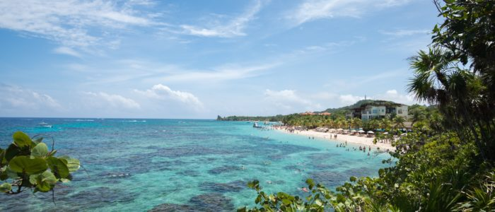 five interesting facts about the island of Roatan